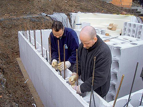 Строительство бассейна из блоков своими руками 14